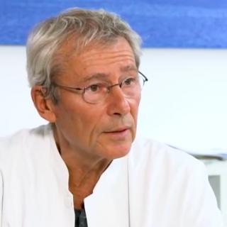 Dr. Claus Köhnlein: covid-19 test afschaffen