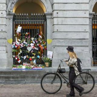 bloemenprotest coronaspoedwet