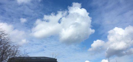wattenwolken onder chemische lucht 1